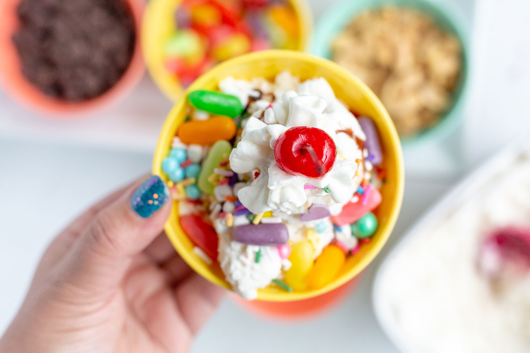 Colorful Ice Cream Bar Ideas. Great for summer entertaining. So easy.