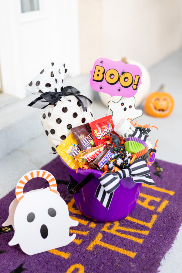 Boo! Here's How to Make a Booing Gift Basket
