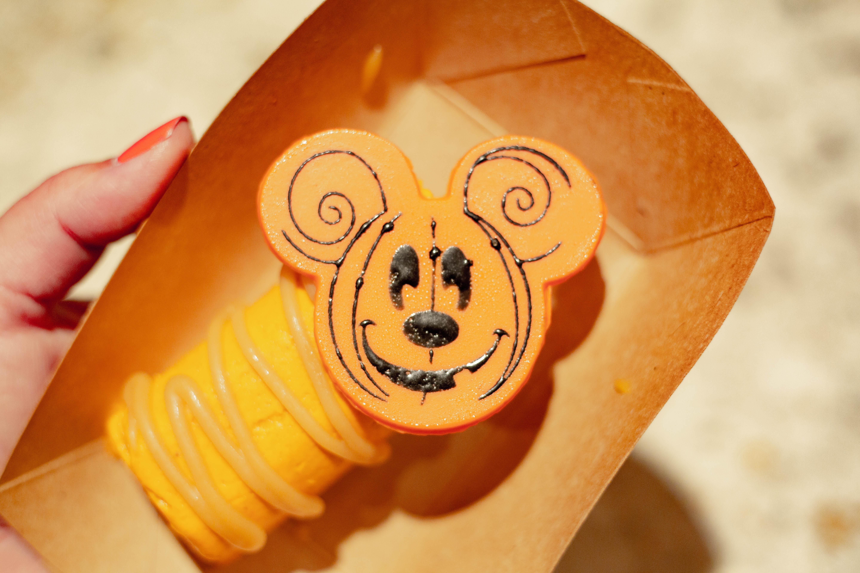 Mickey Pumpkin Cheesecake