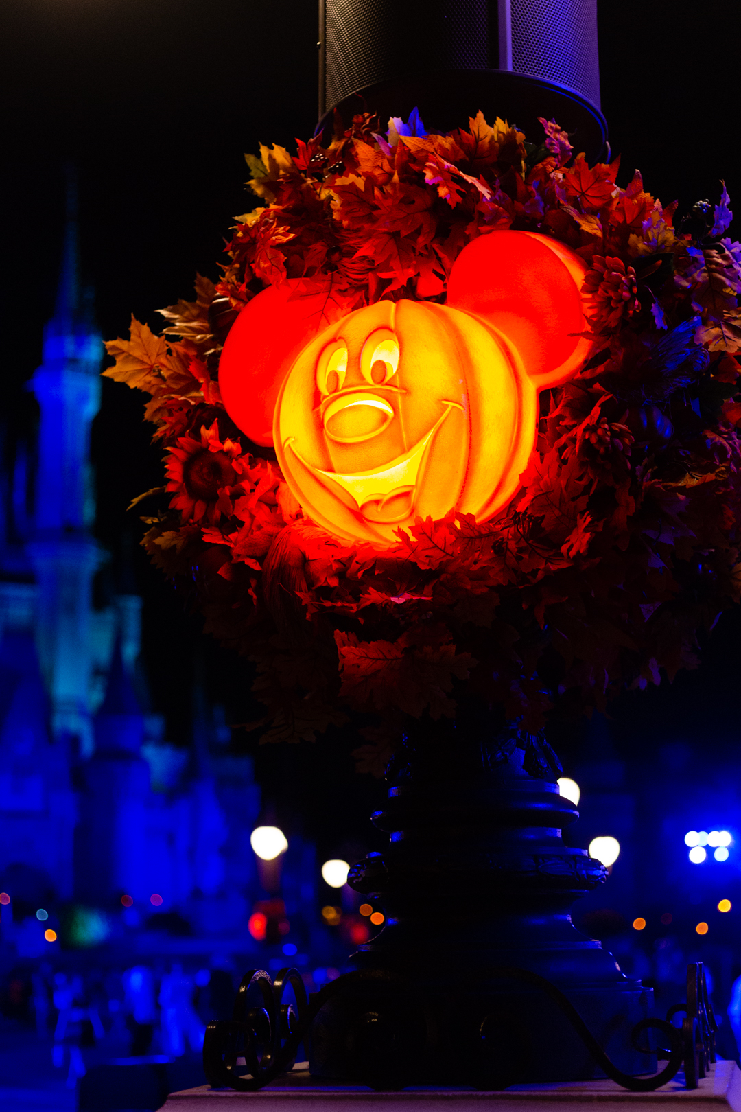 Mickey's Not So Scary Party Wreath