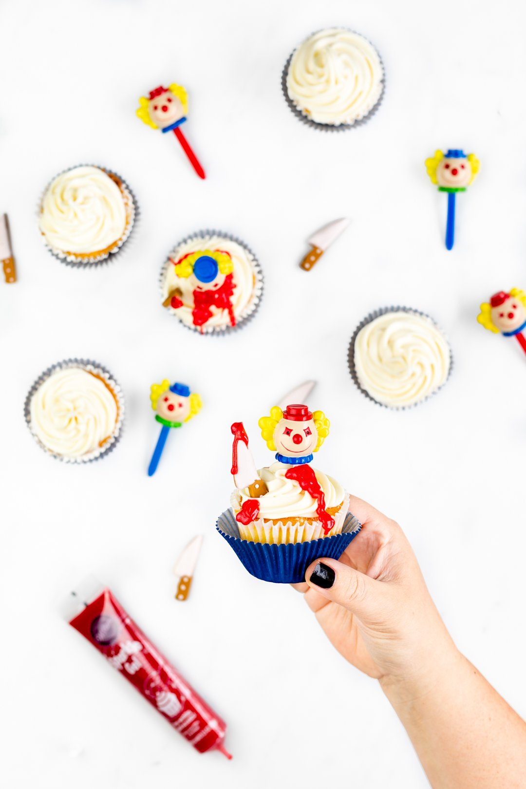 Killer Clown Cupcakes. Perfect for Halloween.