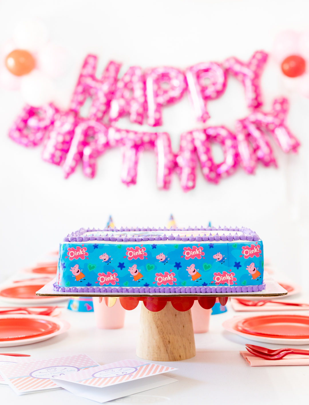 Peppa Pig ice cream cake birthday party