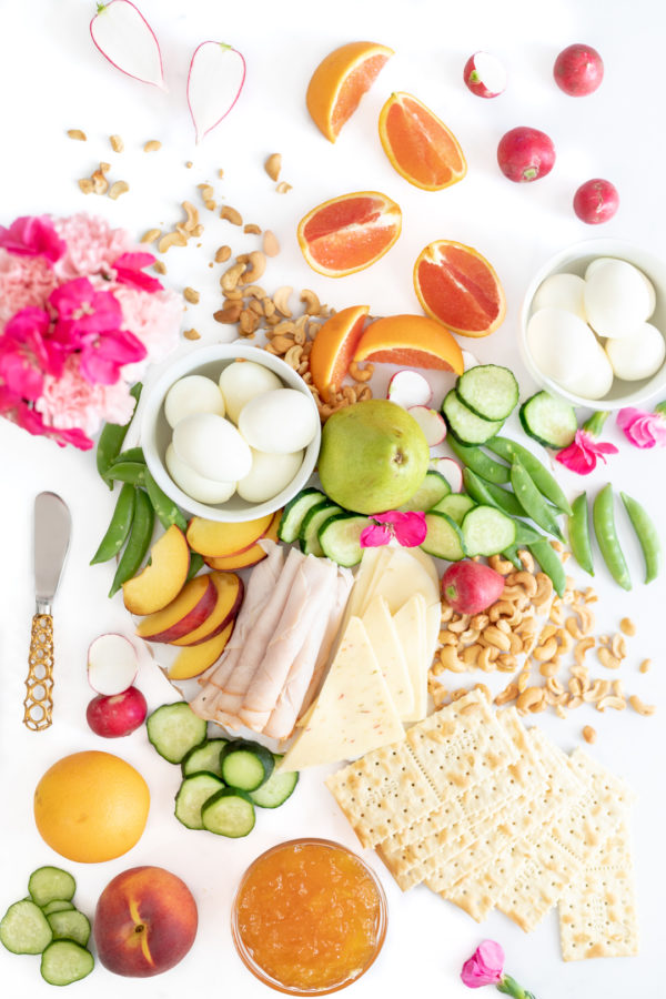 Pretty Lunch Snack Tray Ideas