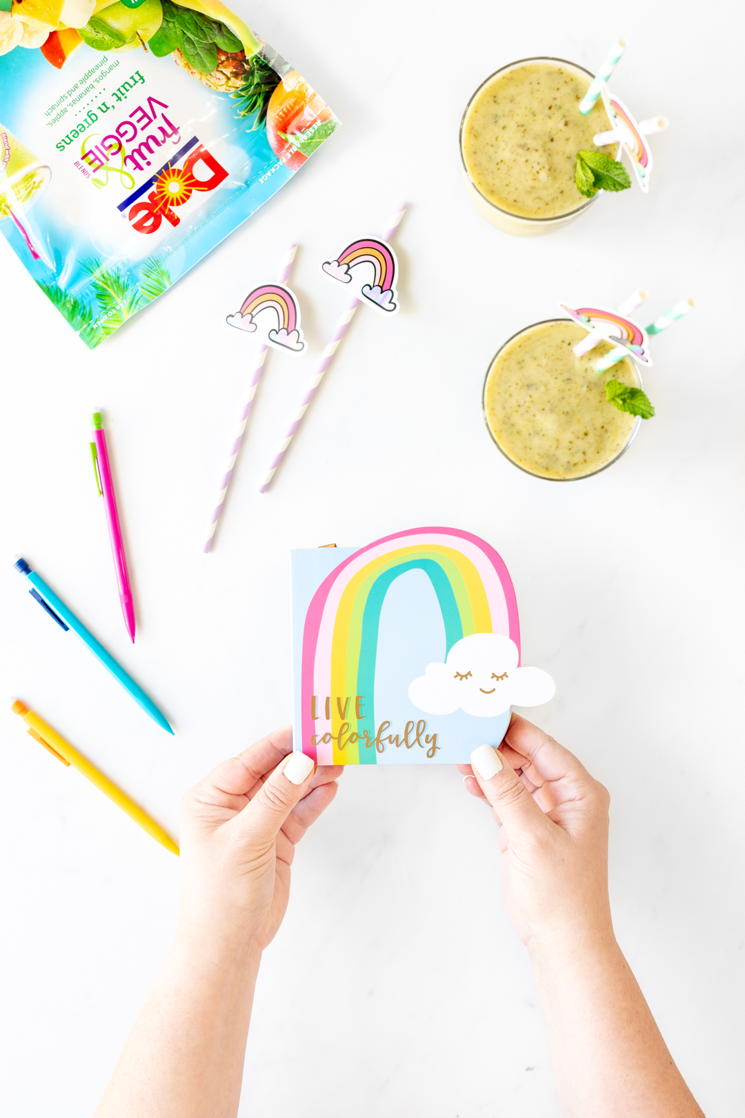 Live colorfully notepad with rainbow