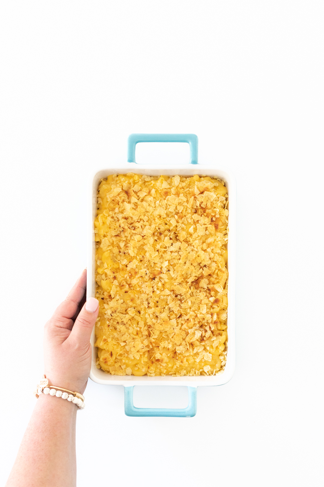 tray of baked macaroni and cheese