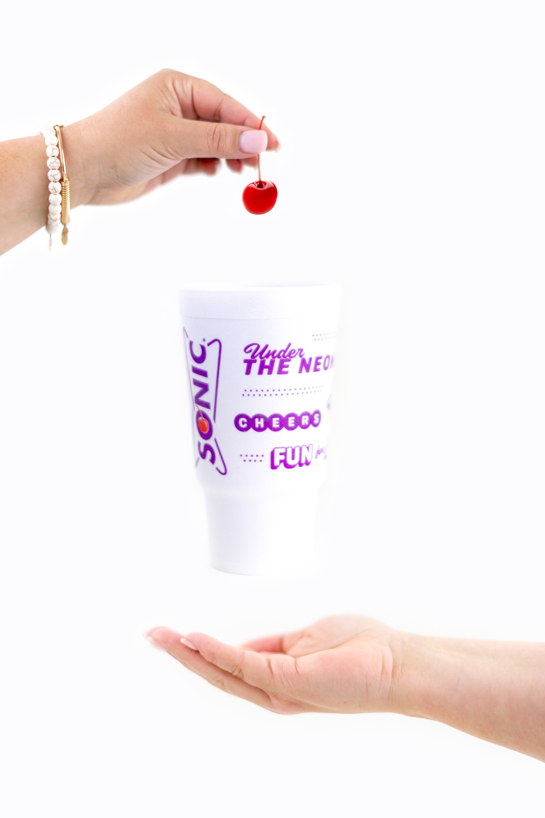 floating sonic cup