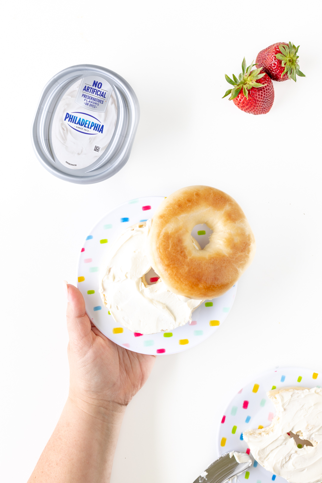 Plain bagel with cream cheese