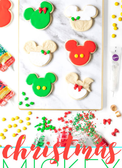 Mickey Christmas Cookies for the Holidays. Easy Disney inspired cookies.