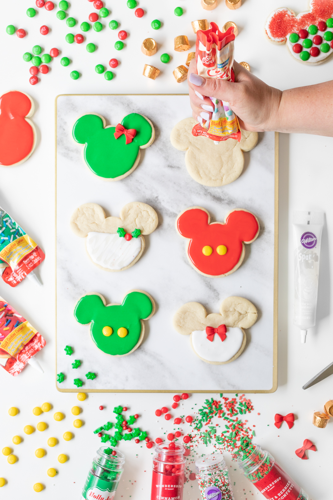 Disney Christmas Cookies - easy DIY Mickey and Minnie Holiday Cookies