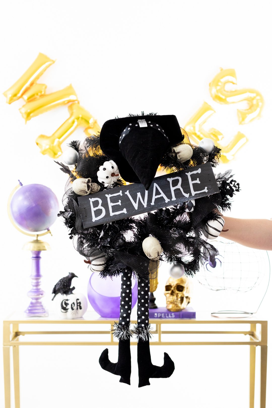 Beware witch wreath for Halloween