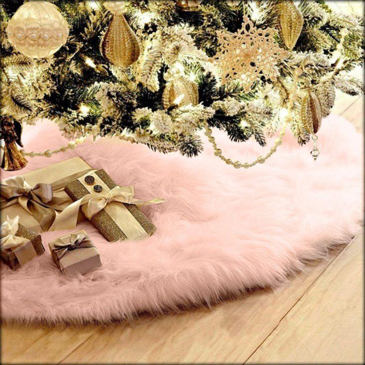 Plush Christmas Tree Skirt