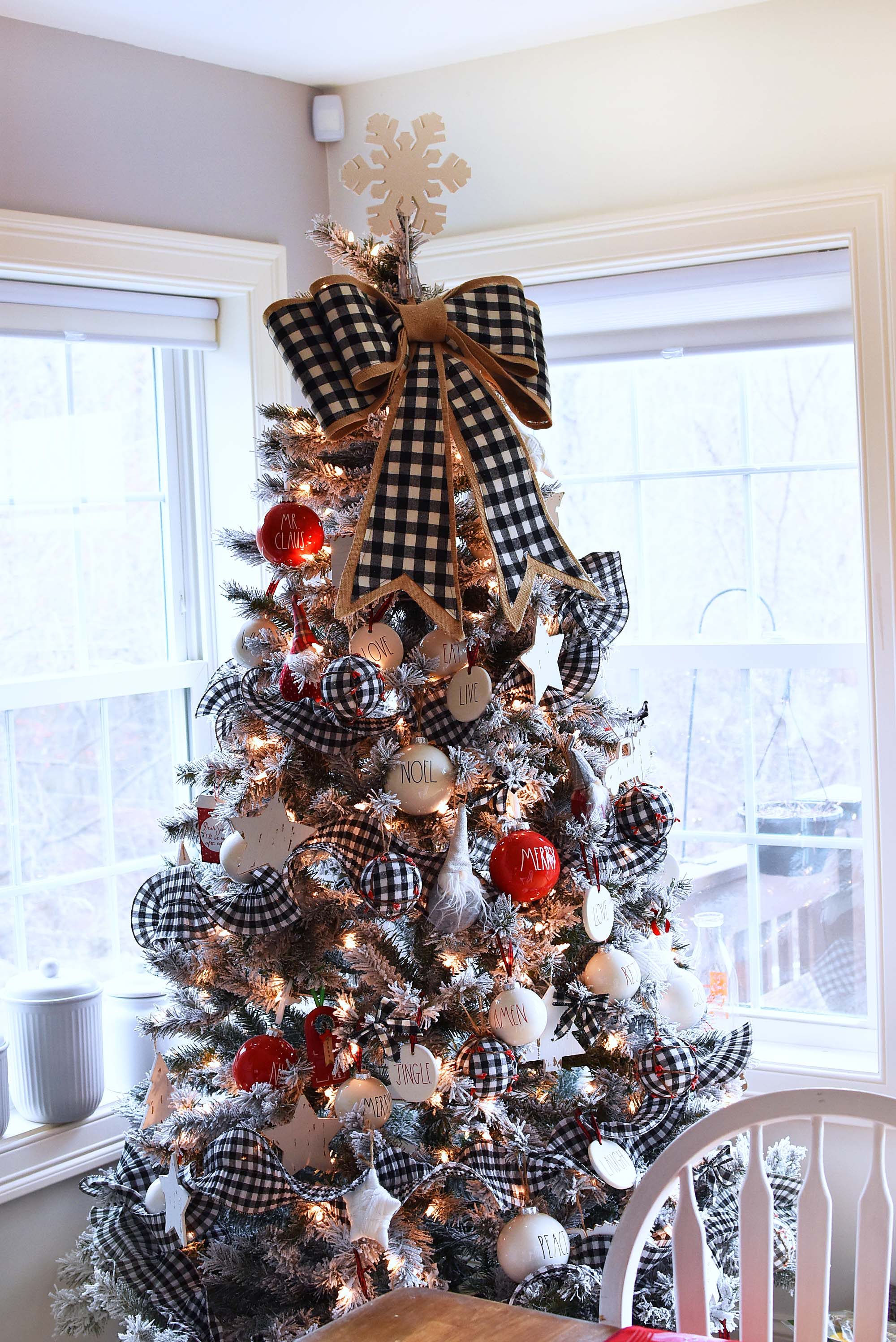 farmhouse christmas tree with buffalo plaid decor