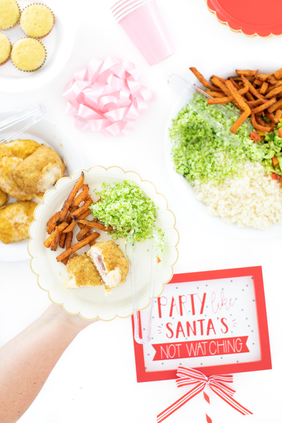 easy dinner bar ideas with chicken and a lot of veggie options