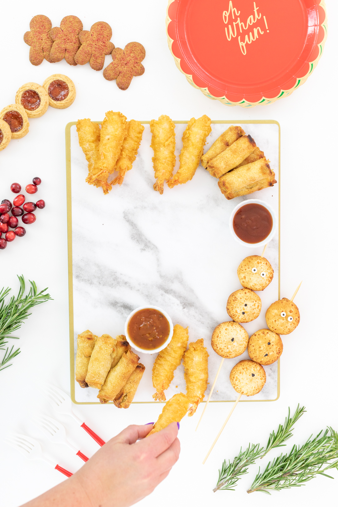 sharing how to set up a snack board for christmas