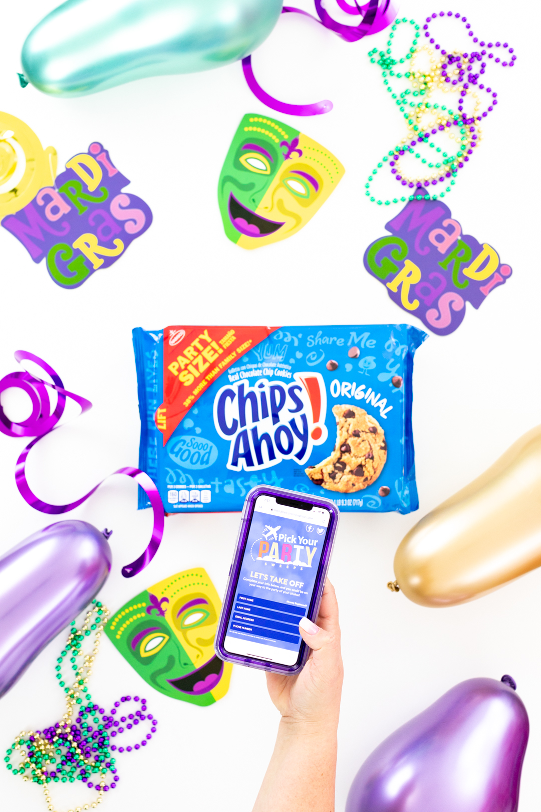 Party sized chips ahoy! packages