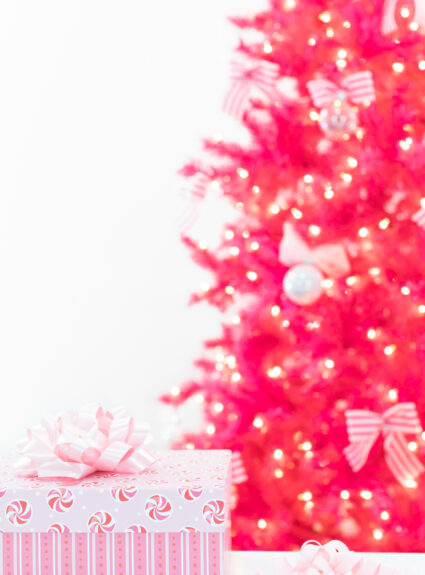 100 pink gifts for women