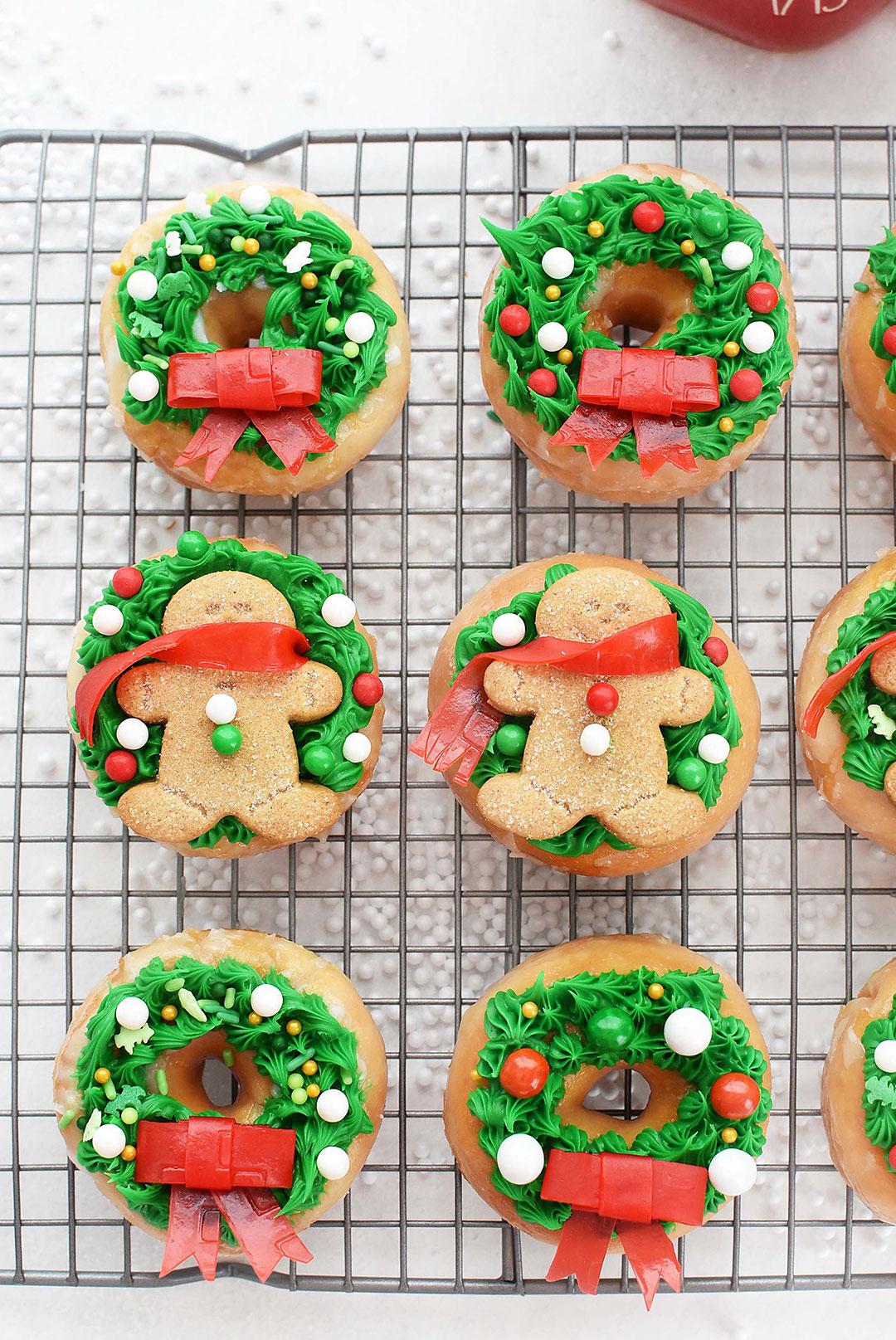 Adorable christmas donuts