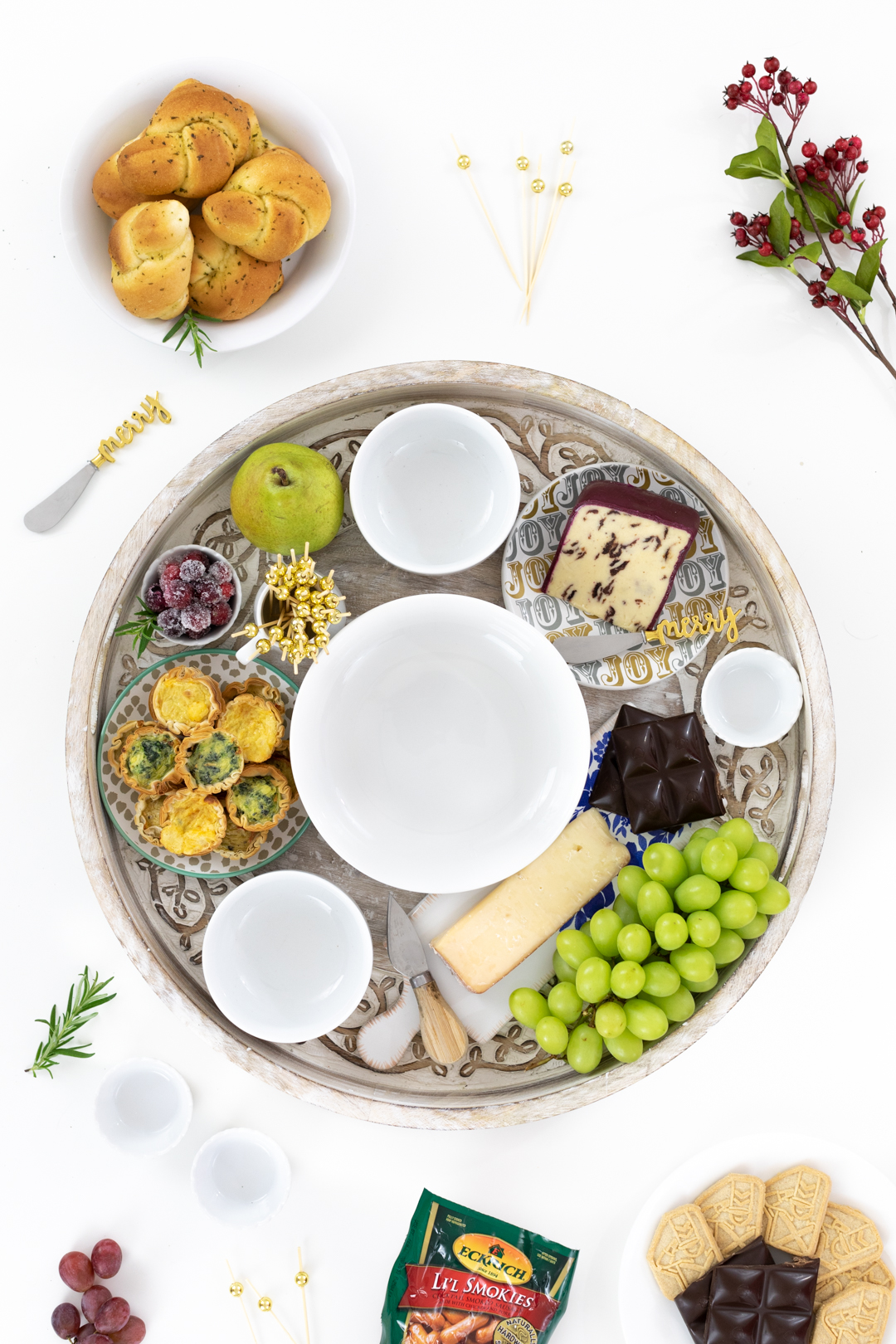 visual for setting up a charcuterie board