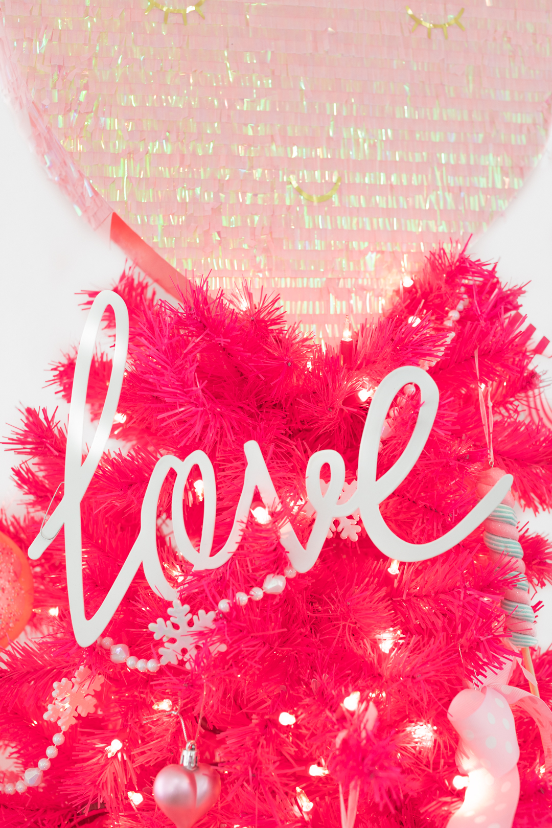Love sign christmas tree ornament for valentine's day