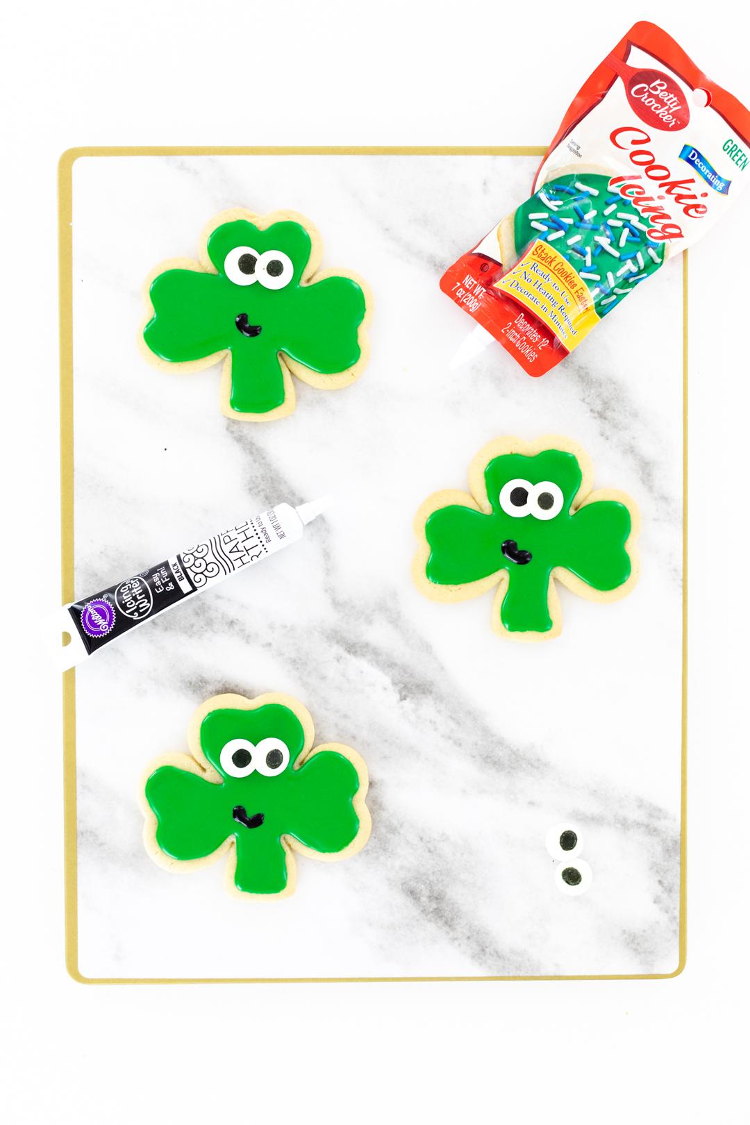 green iced shamrock cookies