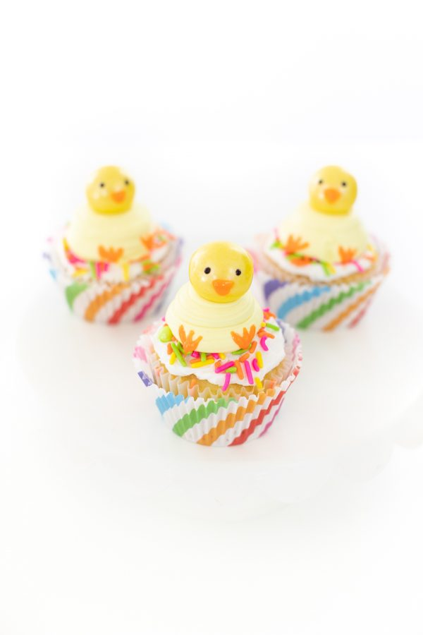 adorable chick cupcakes with gumball heads