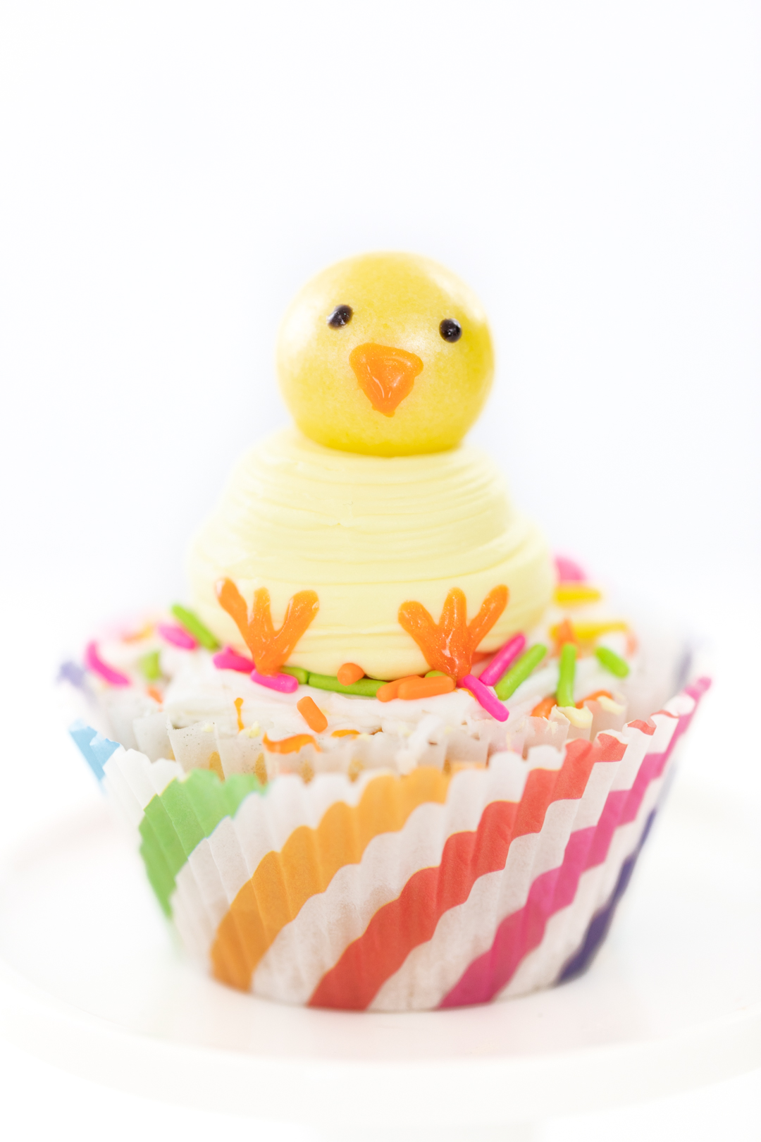 super cute chick cupcakes