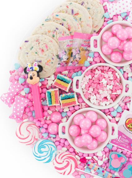 pretty pink display of candies for minnie mouse parties