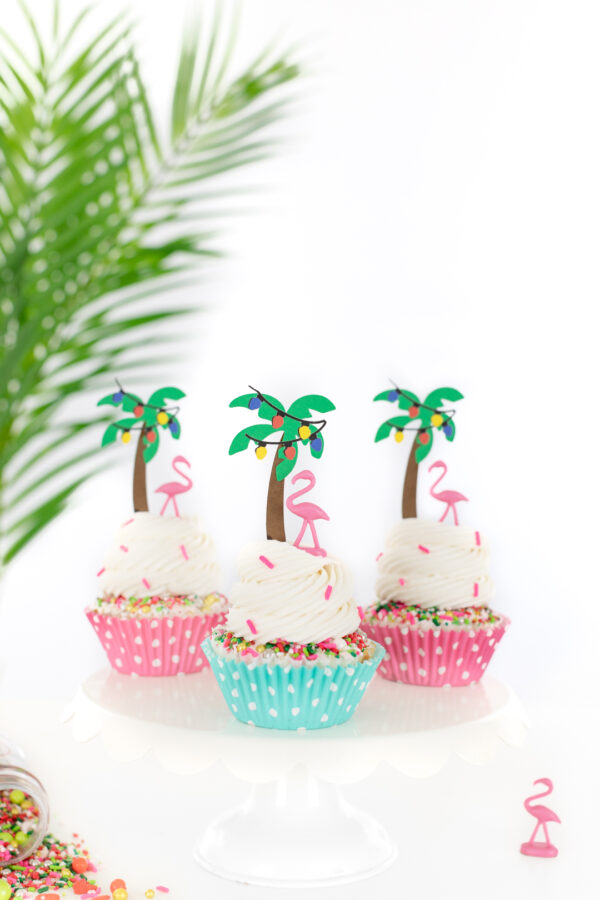 palm tree cupcakes for christmas