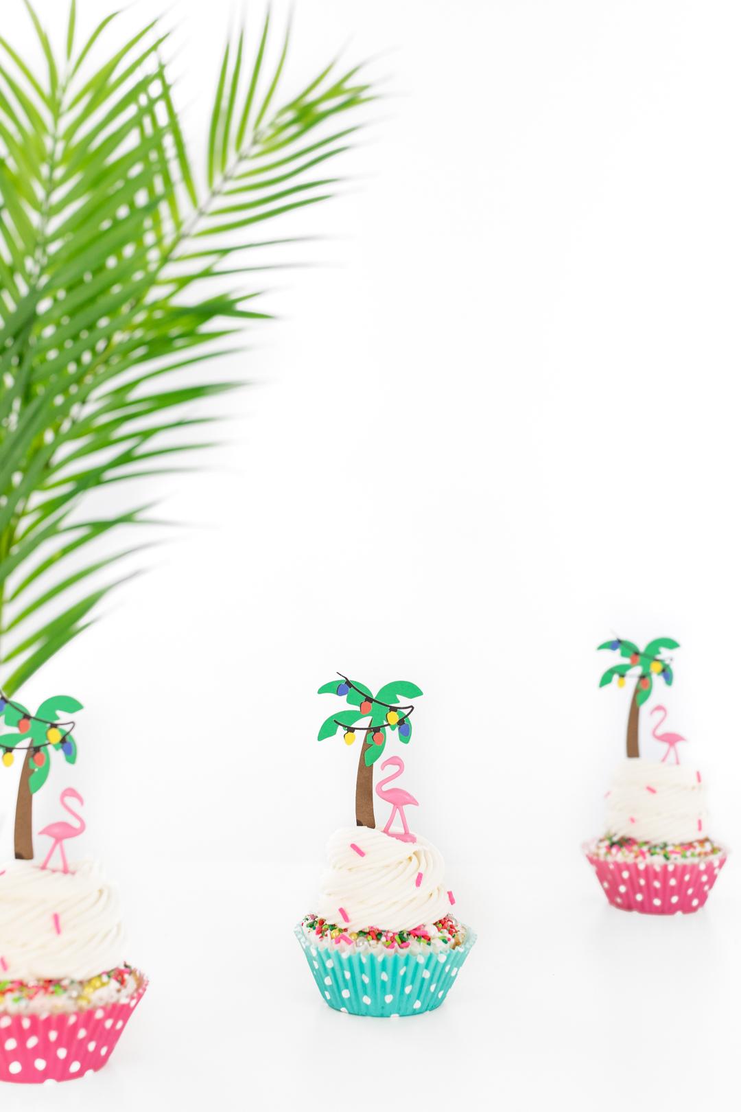 tropical christmas dessert idea with palm trees and flamingos