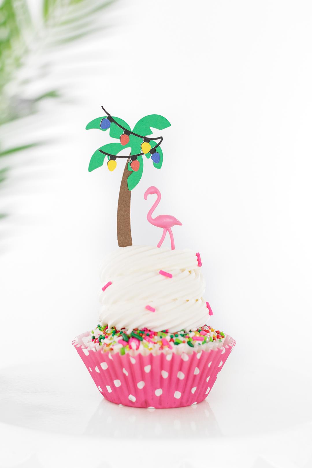 flamingo christmas cupcakes