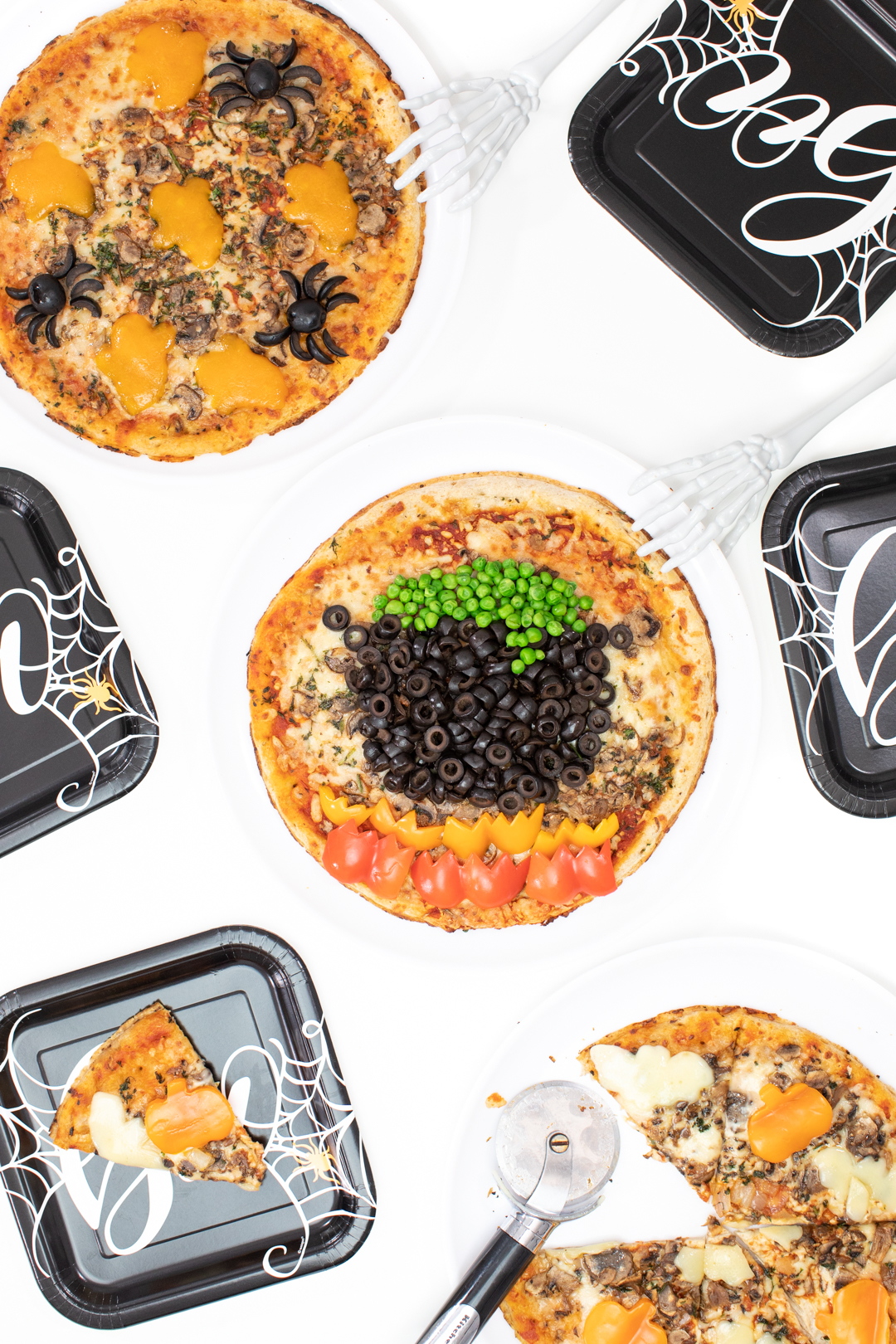 halloween pizza party tablescape