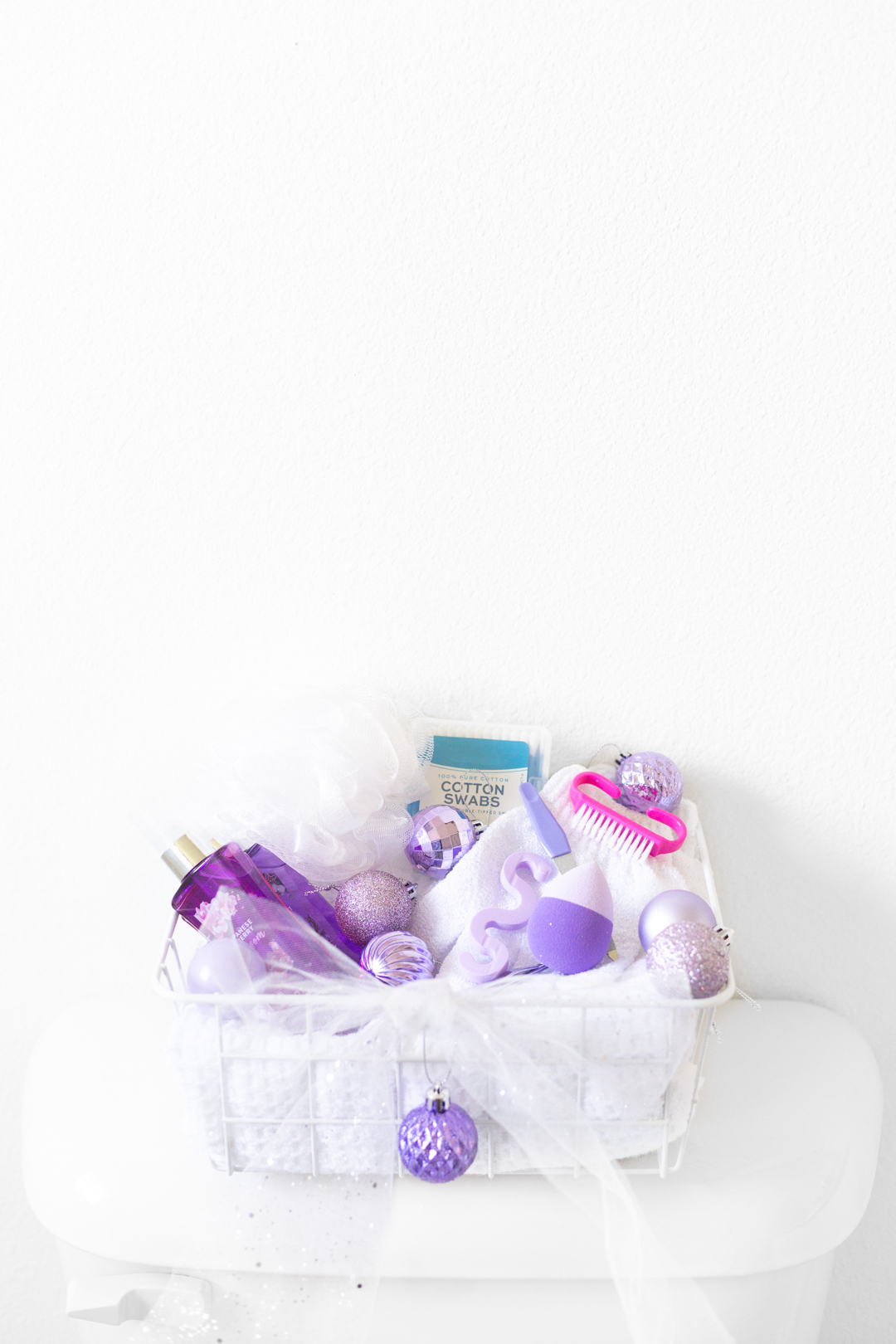 bathroom toiletry basket for guests over the holidays