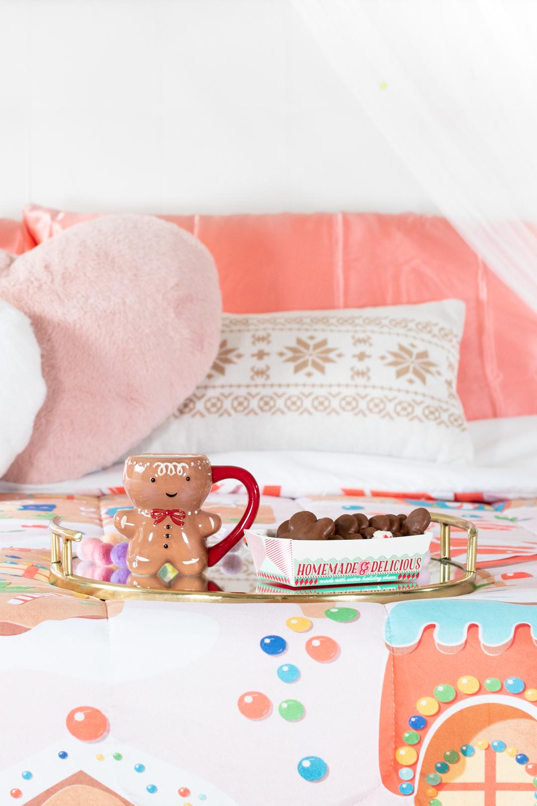 cute pastel christmas bedroom decor