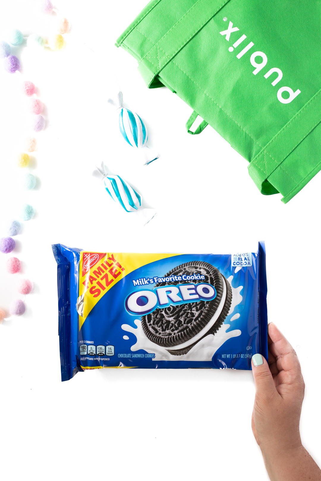 ingredients to make OREO balls