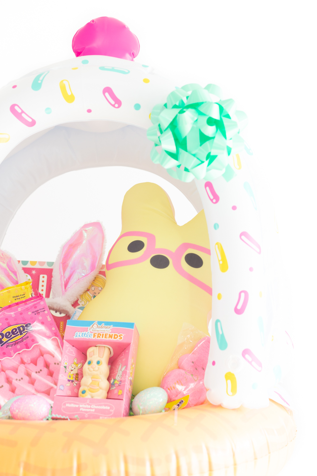 cute easter basket for kids. Pastel themed, yellow, pink and teal.