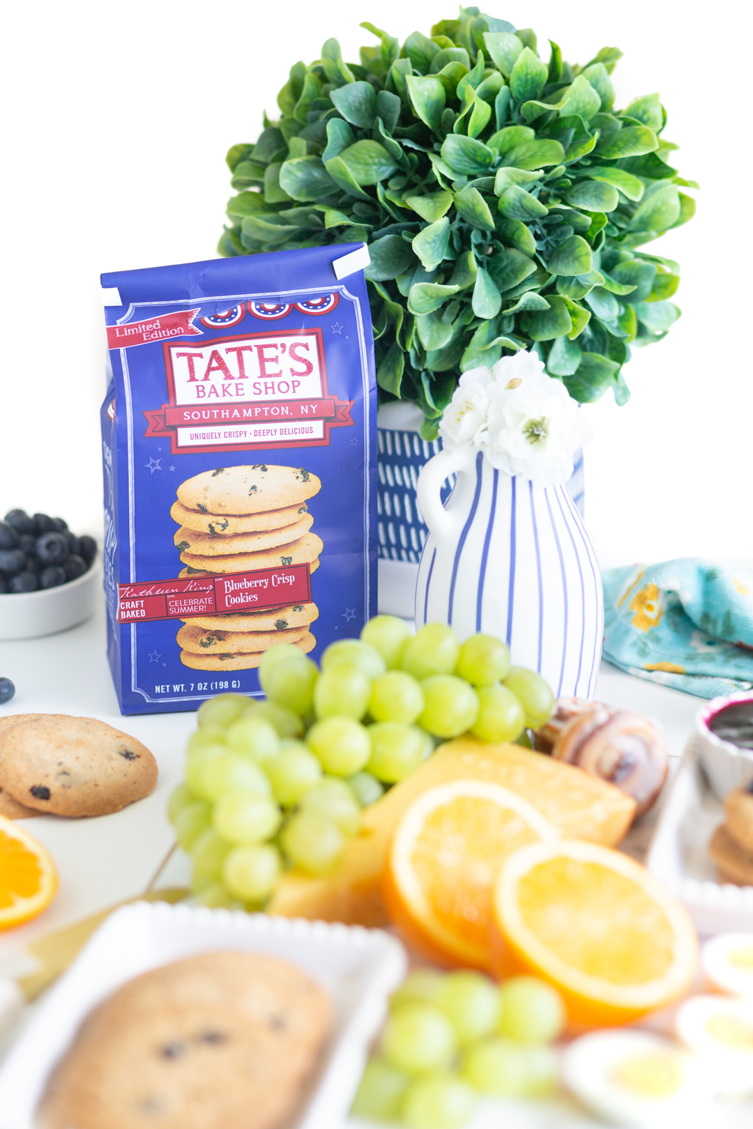 Tate's Bake Shop Blueberry Crisp package