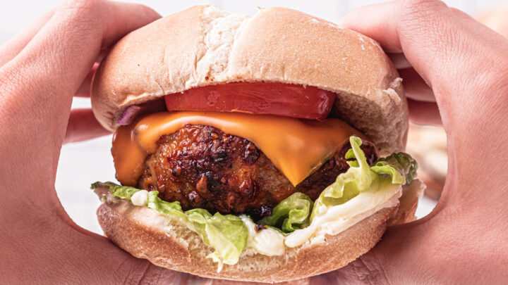 Fast and Tasty Crack Chicken Burgers