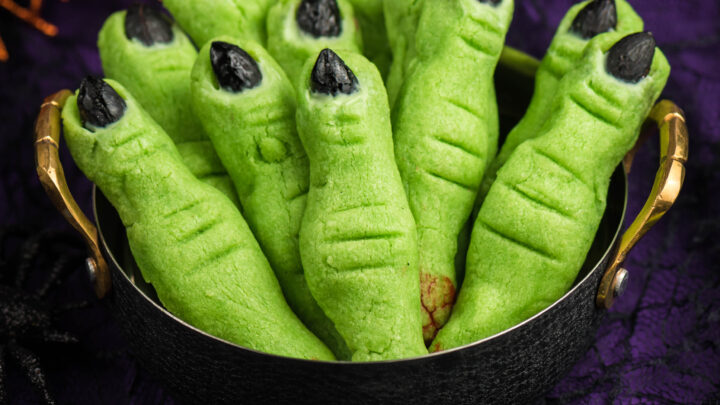 Sugar Cookie Witch Fingers for Halloween