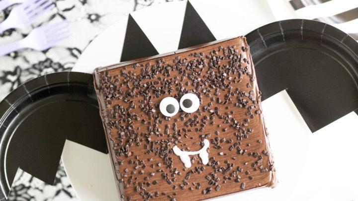 Halloween Bat Cake in 10 Minutes